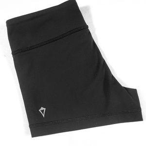 Ivivva by Lululemon Strong Spirit shorts girls 10